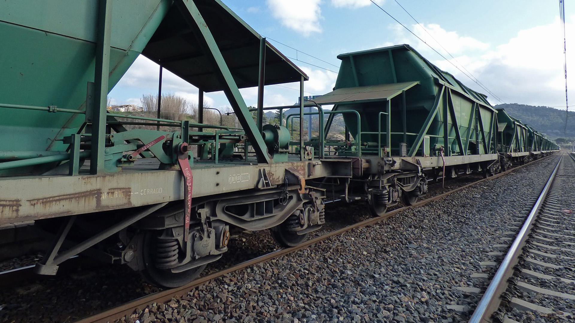 Policy Progress: Ukrzaliznytsya will Allocate Grain Hoppers through